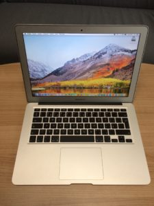 MacBook Air 13″ (prodáno)